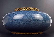 """Vase bleu pansu vers 1900 """"GVKH"""" céramique émaillée et bronze diamètre 27 cm"""