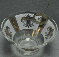 Chip Bowl And Dip Bowl Bracket Fleur De Lis Pattern