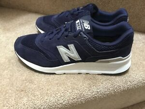 Authentic New Balance 997 ® ( UK Size 6) Navy Dark Blue Suede new and boxed