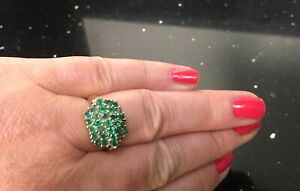 Stunning Emerald Cluster Bomb ring 9ct yellow gold 29 Emeralds size Q1/2 5gms