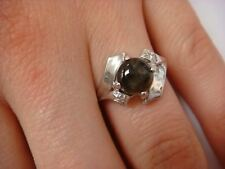 14K GOLD BLACK STAR SAPPHIRE AND DIAMONDS VINTAGE LADIES RING, 3.3 GRAMS SIZE5.5