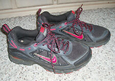 NIKE Air Trail Ridge Lightweight Mesh Sneakers Shoe~Black/Hot Pink w/Gray~Size 7