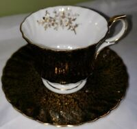 Vintage QUEEN ANNE Fine Bone China. Tea cup & Saucer set. Black and gold. EUC!