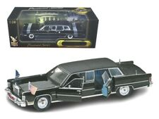 1972 Lincoln Continental Reagan Limousine Black 1/24 Diecast Model Car by Road S