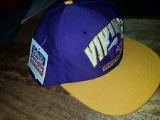 Vintage MINNESOTA VIKINGS 90s Purple Snapback Cap Retro Hat TEAM NFL AMCAP 1994