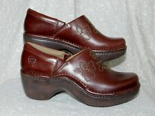 ARIAT BROWN LEATHER STUDDED CLOGS MULES SZ 7.5