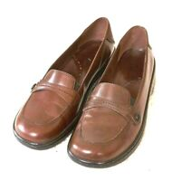 Clark's Women's Size 7M Brown Leather 1.5 Inch Heel Loafers