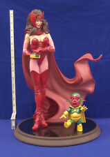 Sideshow Collectibles Marvel Scarlet Witch Comiquette & Vision Toy slight damage