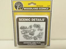 Assorted Junk Piles (10 Psc) Model Railroad kit Woodland Scenics D205 Mini-Scene