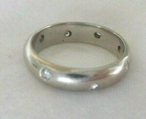 Solid 18K White Gold Etoile Set Diamond Band Ring - 5.7 gms, Size 6.25, 0.28 ctw