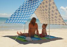 Hollie and Harrie Sombrilla Moana Beach Shade