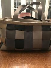 Harveys Seatbelt Bag Shoulder Purse- Grey Boxy