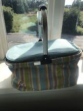 Picnic basket With Matching Rug, 2 Glasses And  Throw Away BBQ Grillset