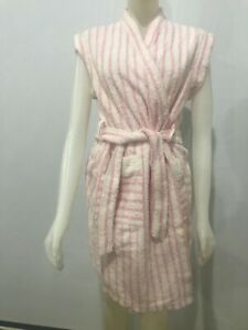 Vintage 1970s Pink White Terry SIMONA Cuff Shoulder Bath Robe Cute Gown