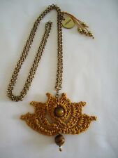 R55 Collar Crochet Flor de Loto Artesanía Handmade Jewelry Ojo de Tigre 10mm.