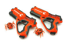Call of Life 2 Player Laser Tag Gun with Robotic Alien Bugs set