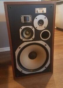 Pair of Original Vintage Pioneer HPM-100 200 Watt Floor Speakers