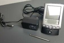 Palm Pilot m515 Pda Handheld Organizer With Charger Styllus (Description)
