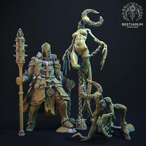 Demon Hunter and Demonesses - Bestiarum Miniatures
