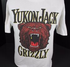 VINTAGE YUKON JACK CANADIAN LIQUEUR WHISKEY GRIZZLY BEAR FUNNY T-SHIRT SIZE M L