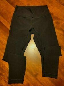 EUC Used Lululemon  Size 8 Leggings, Black - Full Length