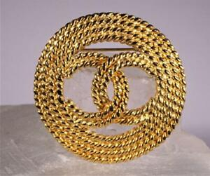 Vintage Chanel Gold Toned Braided Rope-Like CC Logo Brooch 1993