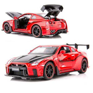 1:32 Nissan GTR R35 Metal Diecast Model Car Toy Collection Sound&Light Pull back