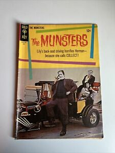 THE MUNSTERS #3 PHOTO COVER GOLD KEY July 1965 Comic Book