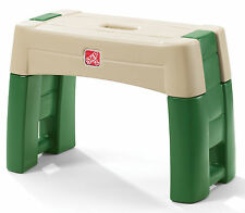 Step2 Garden Kneeler Green Yard Work Bench Sturdy Planting Seat Outdoor Stool