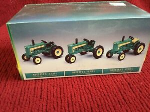 ERTL The John Deere Dubuque Works Historical Tractors 1:64 #5726 Set 1 NEW