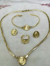 GoldNMore: 18K Jewelry Set Gold Necklace Bracelet Earrings Ring