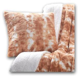 "DaDa Bedding Luxury Faux Fur Throw Pillow Cover, Pumpkin Orange Brown Rabbit 18"""