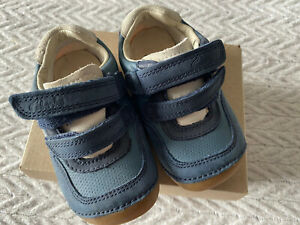 Clarks Baby Boy Shoes Size 4.5 F