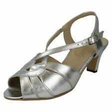 36 Scarpe da donna aperte in punta di argento