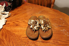 BORN-womens-handcrafted-leather-flip-flops-thongs SIZE 11 US/43 EUR m/w B45210