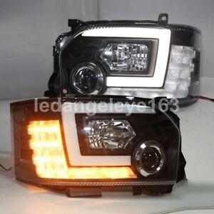 2014-2017 Year for TOYOTA HIACE LED front lamps LED moving turning light SN