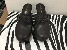 American Eagle ladies size 8 NWT clog style shoes