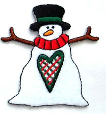 SNOWMAN W/HEART COUNTRY WINTER IRON ON APPLIQUE