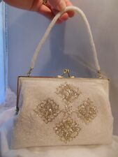 VTG OFF WHITE & SILVER BEADED DESIGNED GOLD TONE CLOSURE TOP & ALL BEADED HANDLE