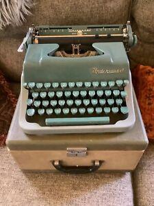 Vintage antique Underwood Quiet Tab Portable Typewriter Green Gray