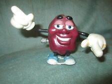 """CALIFORNIA RAISINS 1988 WIND UP WALKING COLLECTIBLE BLUE SHOES VINTAGE TOY 3.5"""""""