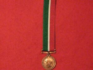 Miniature World War 1 Mercantile Marine War Medal with ribbon