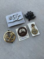 #12 Military Crests Unit Insignia LOT OF (5) Vintage Pieces.