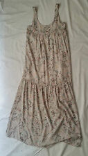 AS NEW Size 8 Something Else by Natalie Wood Dress Print White boho floral midi