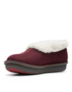 CLARKS LADIES STEP FLOW LOW MAROON TEXTILE WARMLINED SLIPPERS SIZE UK 6 D / 39.5