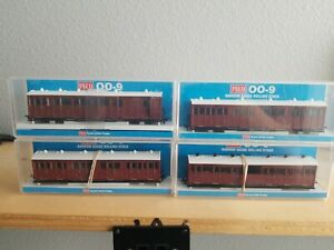 OO9/009 Peco Indian Red Undecorated Coaches