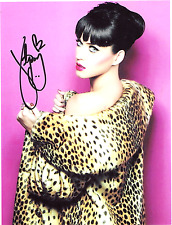 Katy Perry 8 x10 Reprint Signed Photo.