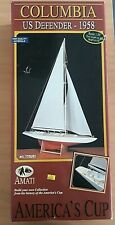 Amati 1700/81 Columbia US Defender 1958 America's Cup Kit 1:35 Ship Model