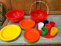 Vtg Red Ingrid Party Ball Nesting Picnic Plates Cups Bowls Complete 28 PC Set