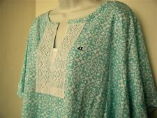 Blue Floral Print Basic Editions 4X 5X Short Sleeve Top Fabric Inset Crochet